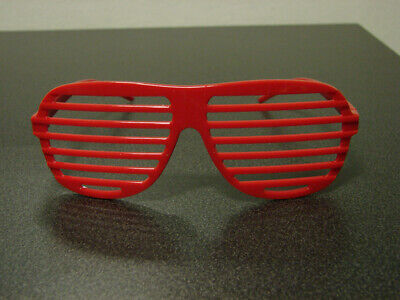 8760 Brille Sasha Banks BOSS Rot TV Authentic WWE The Sonnenbrille