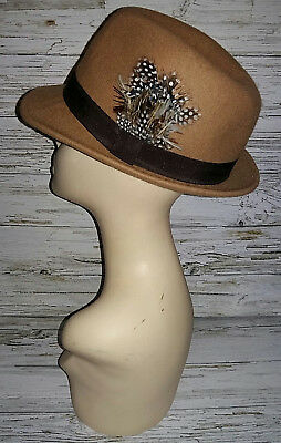 Vintage 1970's Beige Wool/brown Ribbon/Feathered Trilby Hat. Size 56cm.