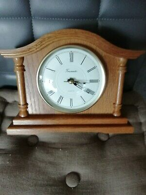(631) Brown Wooden Mantel Peice Clock Made By Time Master Quartz Movement