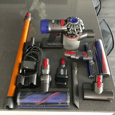 Dyson V8 Absolute Cordless Vacuum Cleaner - Seller Refurbished