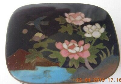Japanese Cloisonne small trinket box with flowers and bird scene