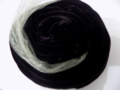 """Vintage Original U.s.a. """" Union Made """" Velvet With Green Netting Ladies Hat"""