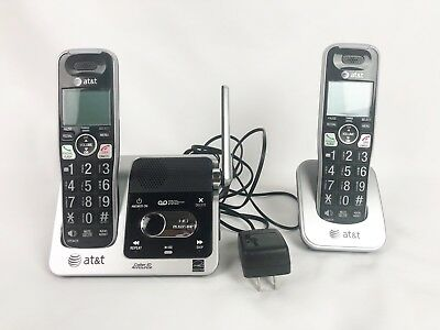 AT&T Phone CRL 82212 Answering System with 2 Cordless Handsets