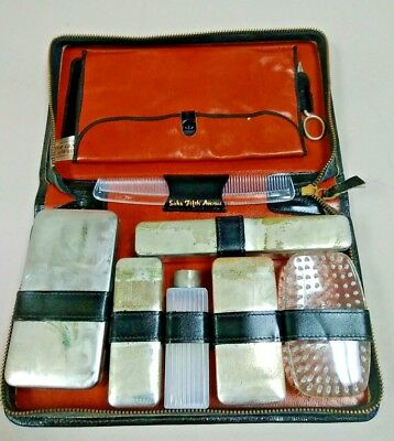SAKS FIFTH AVENUE Vintage LEATHER  COWHIDE TRAVEL TOILETRY GROOMING KIT CASE