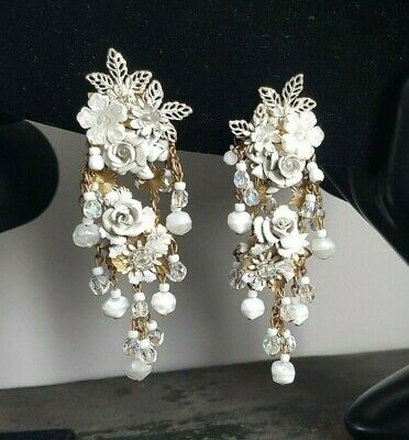 9562295e73b PAIR VINTAGE EARRINGS Celluloid   Plastic Round Dome White Open Work ...