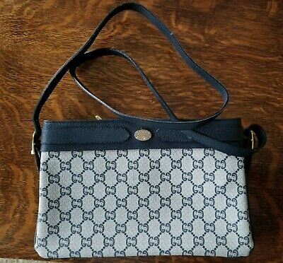 32471a71ddce Very Rare Authentic Gucci Plus Vintage Purse with Certificate