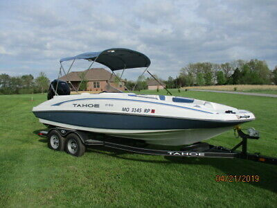 21Ft Tahoe Deck Boat W/200Hp Mercury Verado****trailer And Cover Included