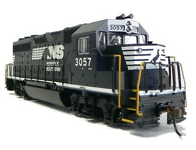 HO Scale Model Railroad Trains Layout Engine Norfolk Southern GP-40 DCC & Sound