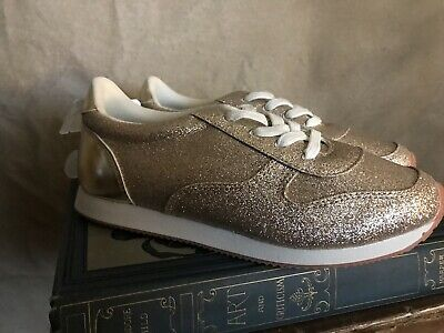 710b9a32d6b3 NEW Girls Gold Sparkle Sneakers Trainers Tennis Shoes 4 Gymboree  LIGHTWEIGHT $34