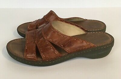 3fa974eb7bd1 Keen Womens 10 Slide Sandals Rust Brown Leather  City of Roses  Comfort Shoe