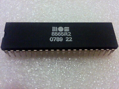 Commodore 64 VIC-II MOS 8565 R2 PAL video chip 5v (*TESTED*)!