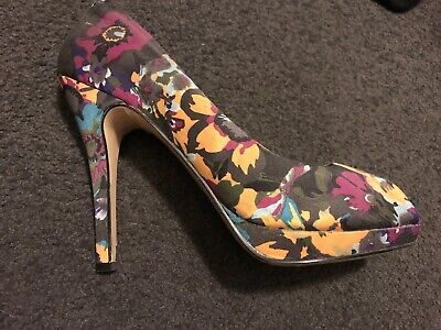 Heels Size 39 Or Size 8