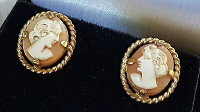 Italian carved shell cameo vintage Victorian antique pair of earrings