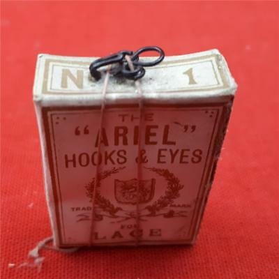 "Rare Box of 36 ""Ariel"" Hooks & Eyes for Lace (No.1) Vintage haberdashery!"