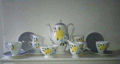 TEA SET BY WINDSOR BONE CHINA, ENGLAND   Indian Summer