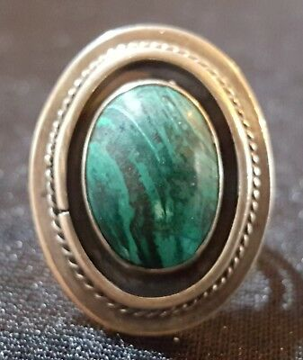 Sterling silver & green malachite vintage Art Deco antique ring - size M
