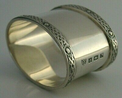 ENGLISH SOLID SILVER ARTS & CRAFTS CELTIC STYLE NAPKIN RING 1958 STUNNING 35g