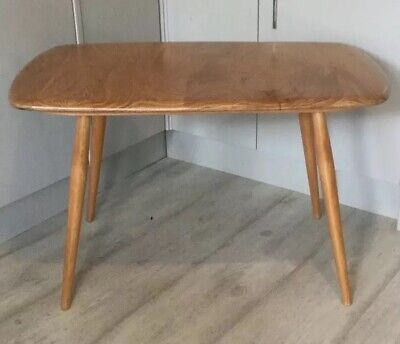 Ercol Vintage Elm & Beech Windsor Occasional/Coffee Table, Model 213