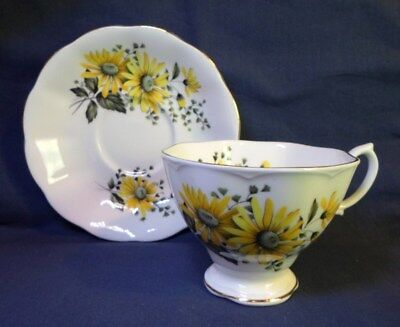 Royal Albert TEA CUP SAUCER YELLOW DAISIES / BLACK EYED SUSAN English Bone China