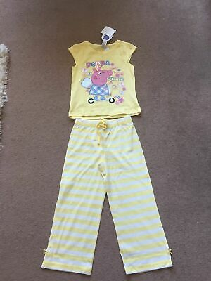 Brand New Girls Peppa Pig Pyjamas Age 4-5 Years