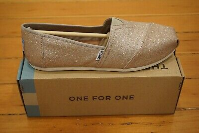 7c241d9a548 New TOMS Classic Women s Slip On Shoe Rose Gold Glimmer Size 9.5 WMN UK 7.5