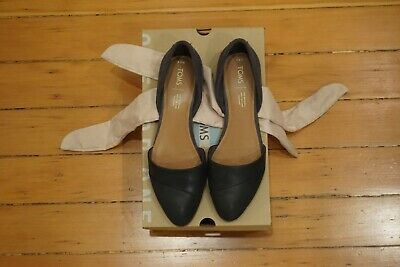 c1fed399427 Worn Once TOMS Women s Jutti dOrsay Leather Flat Size 9.5 Style Number   5596064