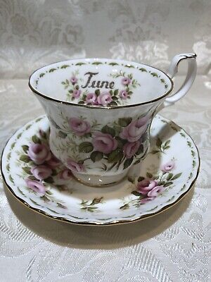 Royal Albert Bone China England.Flower of the Month Series Roses 1970
