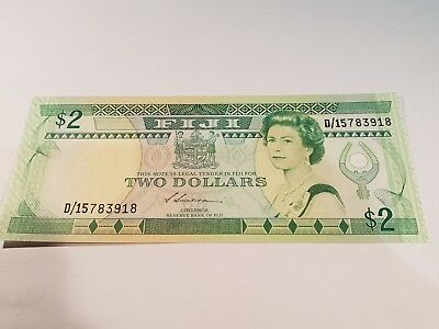 FIJI Banknote, Two Dollar Note. 2$ Note. 1988. Uncirculated, Mint Note. P87a