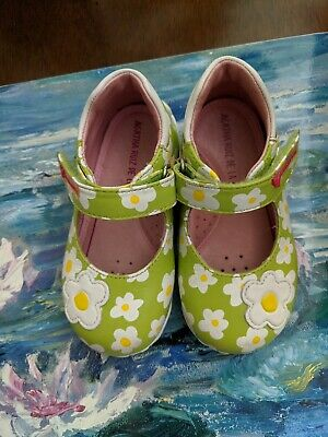 EUC Agatha Ruiz De La Prada Daisy Baby Girl Shoes Size 22 (US size 6 or 6 1/2)