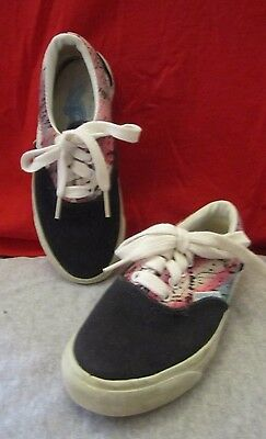 50951e88a209 Girl's AirWalk Lace Up Sneakers Tennis Shoes Black Floral Size 12.0 Med NWOT