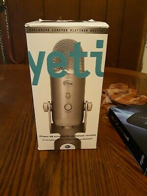 Blue Microphones Yeti Ultimate USB Condenser Microphone (Gray)