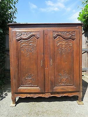 A 19TH CENTURY FRENCH FARMHOUSE SOLID OAK KITCHEN CUPBOARD 140 x 147 x 60cm