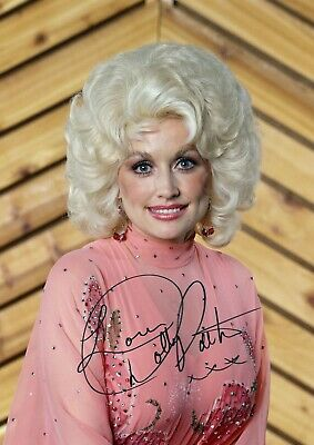 4156 DOLLY PARTON Signed A4 Size Photo Print Singer USA Music Country Singer