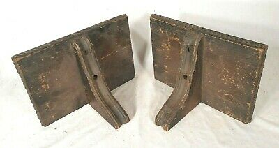 PAIR OF EARLY 20th CENTURY ARTS & CRAFTS MISSION OAK WALL SHELVES