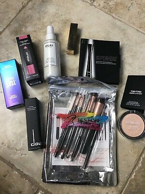 c8244105a02 Lot Of Beauty Makeup, Hair And Perfume Samples With Full And Deluxe Sizes