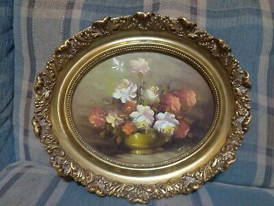 Oval solid Wood Gilt Ornate Victorian Picture Frame w/oil painting 13x11