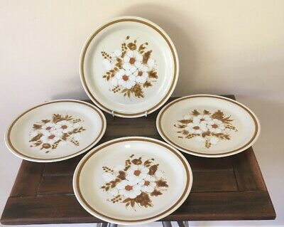 """4 Stoneware Dinner Plates Mountain Wood Collection """"Dried Flowers"""" Lot 1 Of 3"""
