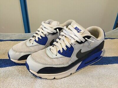 newest c1846 f0aad Chaussure Nike Air Max 90 Essential pour Homme Taille 43