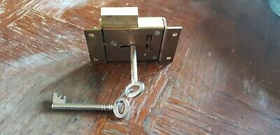 heavy brass desk / cabinet lock