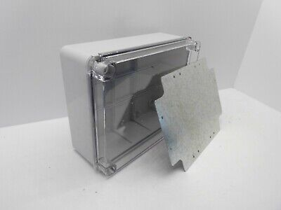 ESR CLEAR LID ENCLOSURE C/W BACKPLATE ADAPTABLE PVC PLASTIC IP56 240x190x90mm