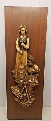 Vintage Universal Statuary Corp Chicago 22 Wall Hanging Decorative Art USA 1960s