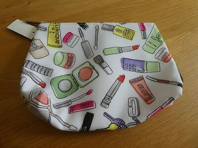 Designer Clinique Make Up Zip Up Bag Case Lipstick Compact Design
