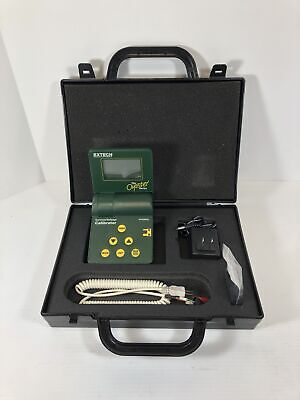 Extech Oyster Series Current Voltage Calibrator Meter 412355A with Case