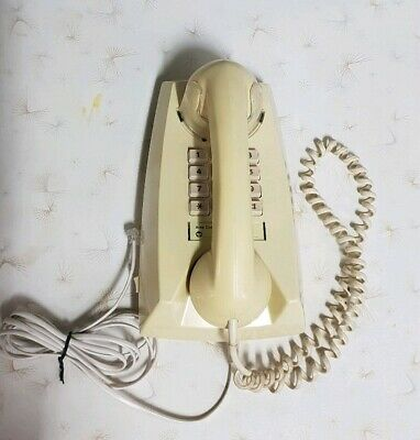 VINTAGE RETRO 1970/80's TELECOM PUSH BUTTON WALL TELEPHONE PHONE
