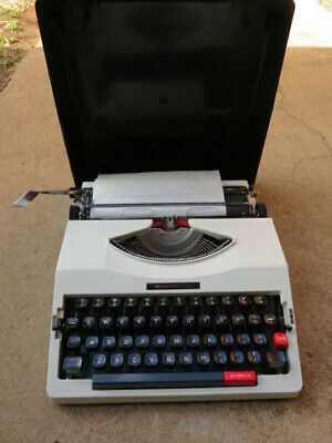 Old Vintage Typewriter Chevron College Portable With Case