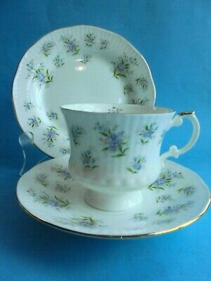 Elizabethan Forget Me Not Trio Tea Cup Saucer Plate Fine Bone China Like New