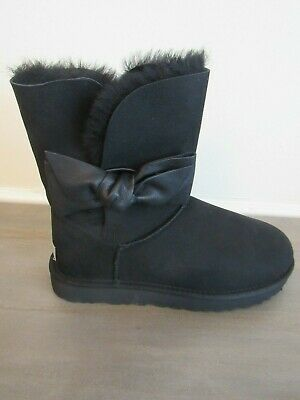 36afbe26eb8 UGG DAELYNN PORT Leather Bailey Bow Suede Classic Gray Boots Size US ...