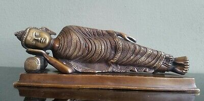 "Statue Of Buddha Lying Or Reclining in Bronze 4.8"" original from india"