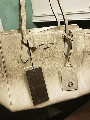2405dfd8270b NWT AUTHENTIC GUCCI Swing Pebble Leather Wallet with Strap WOC ...