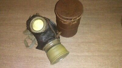 ww1 German gasmask and canister